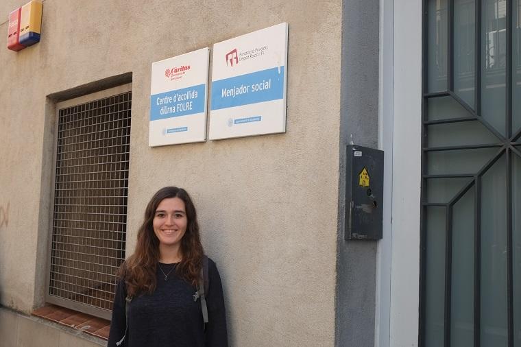 L'Anna és voluntària de Càritas al projecte Folre de Càrita