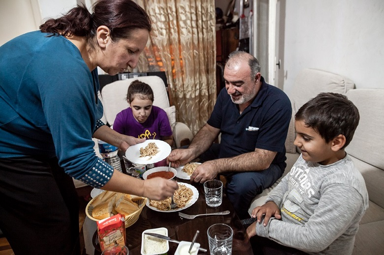 familias-precarias-hogar-pobreza-trabajo-digno