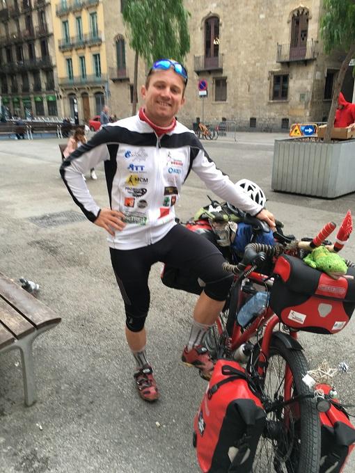 dennis-bicicleta-bona-causa-càritas