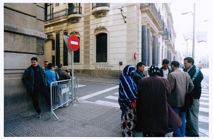 tancada_migrants_càritas_barcelona